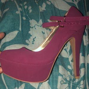New never worn heels!
